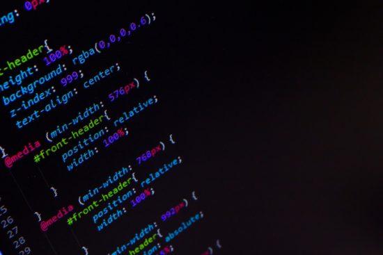 『プログラミング体験談①』ど素人がプログラミングの独学に興味をもったところで無理なのか?!